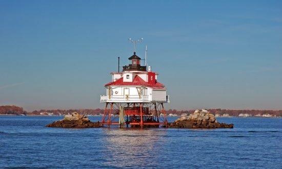 thomas point shoal lighthouse near annapolis