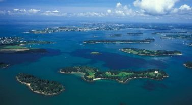 croisière en bretagne sud dream yacht charter golf du morbihan