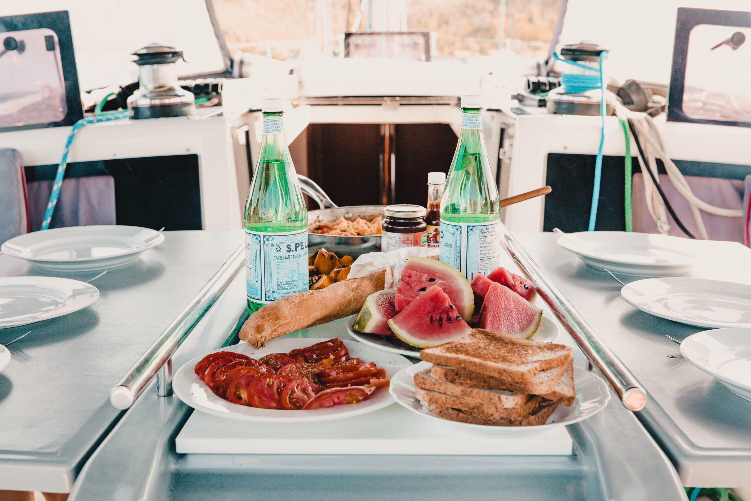 Croisière sans équipage : 4 façons de bien préparer votre avitaillement- Dream Yacht Charter