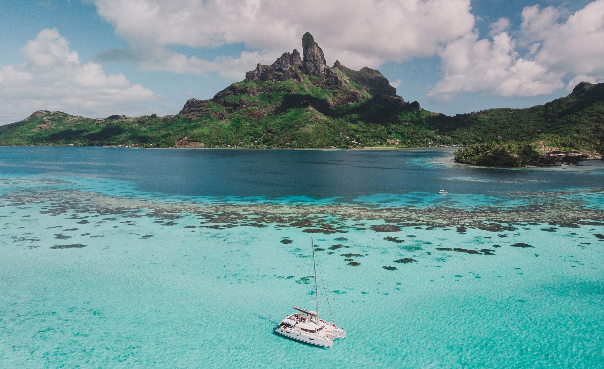 Bora Bora island and boat scenic
