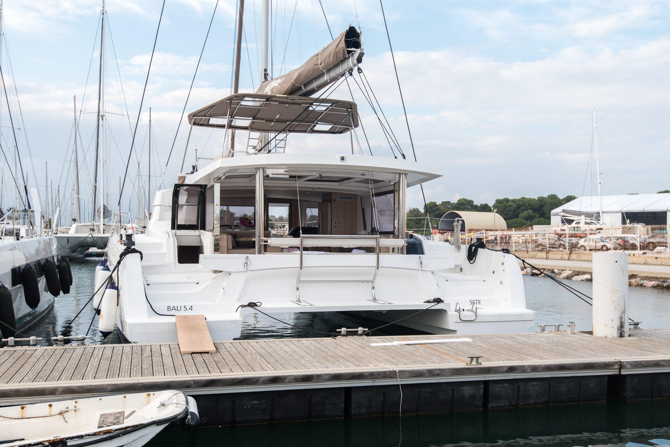 Bali 5.4 at dock